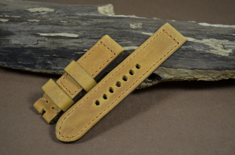 61 YOUNG STEER HAZELNUT 20-20 115-75 MM is one of our hand crafted watch straps. Available in hazelnut color, 4 - 4.5 mm thick.
