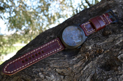 BURGUNDY is one of our hand crafted watch straps. Available in burgundy color, 4 - 4.5 mm thick.