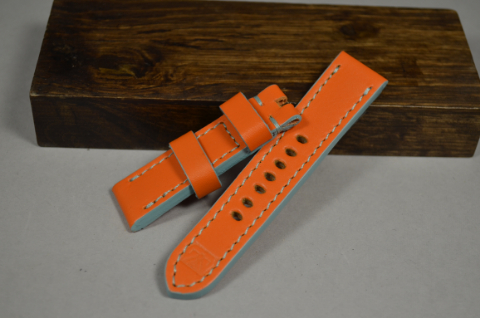 148 GULF ORANGE 20-20 115-75 MM is one of our hand crafted watch straps. Available in gulf orange color, 4 - 4.5 mm thick.