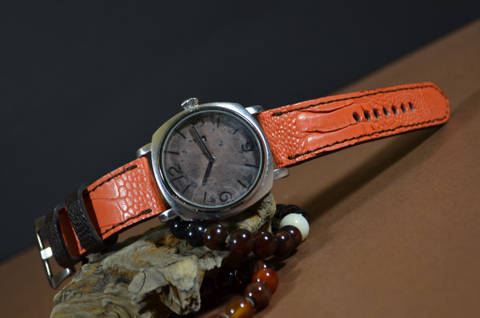 CASUAL ORANGE MATTE is one of our hand crafted watch straps. Available in orange brown color, 4 - 4.5 mm thick.