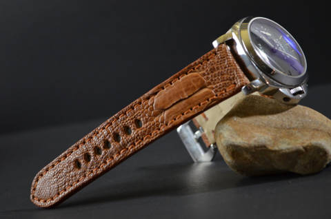 HAVANA MATTE is one of our hand crafted watch straps. Available in havana color, 4 - 4.5 mm thick.