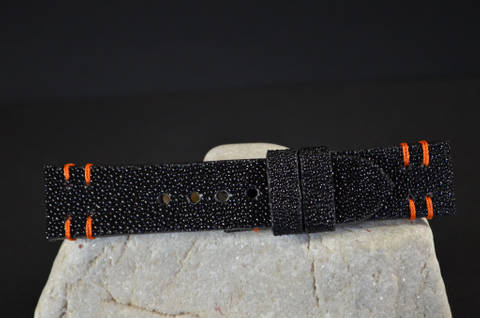ORANGE is one of our hand crafted watch straps. Available in orange color, 3.5 - 4 mm thick.