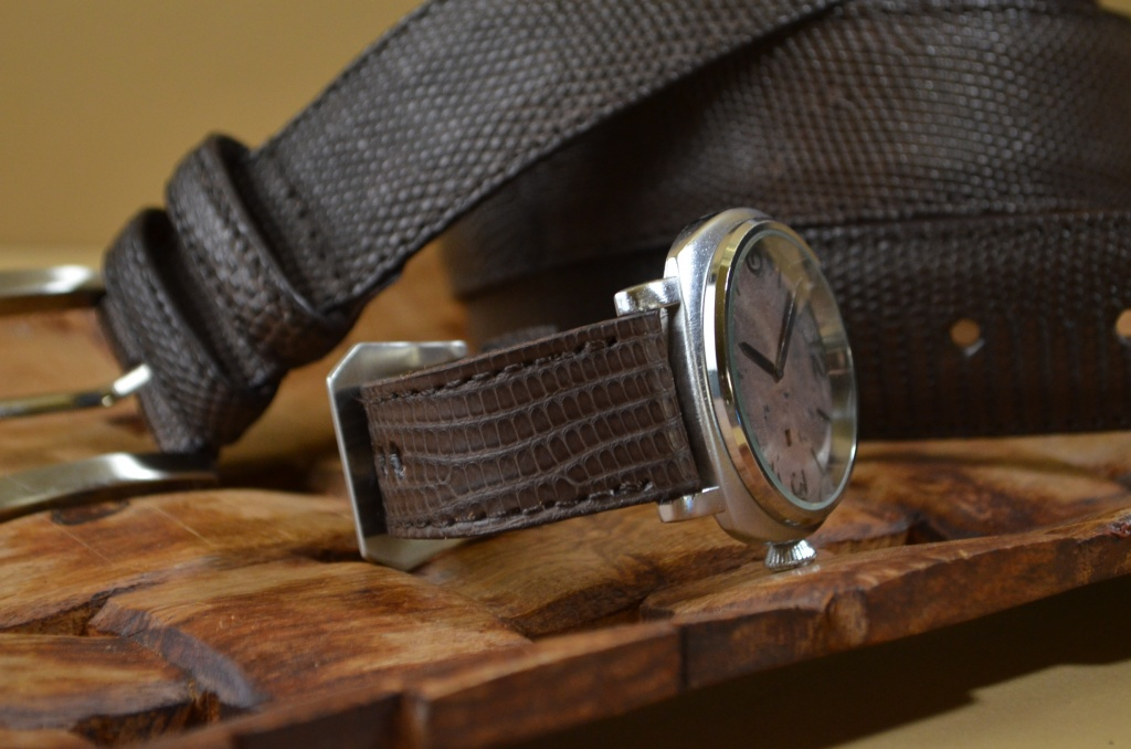 BROWN MATTE is one of our hand crafted watch straps. Available in brown color, 4 - 4.5 mm thick.