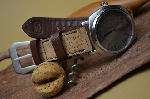 CORK II is one of our hand crafted watch straps. Available in cork color, 3.5 - 4 mm thick.