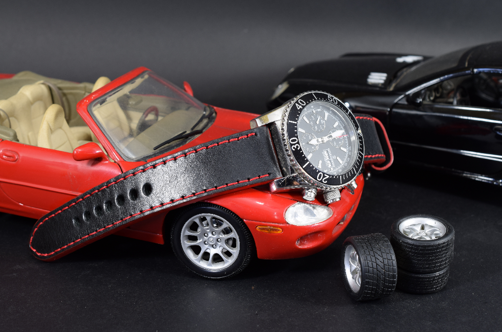 RED is one of our hand crafted watch straps. Available in red color, 3.5 - 4 mm thick.