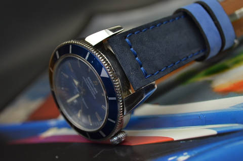 BLUE NAVY BLUE is one of our hand crafted watch straps. Available in blue navy blue color, 3.5 - 4 mm thick.