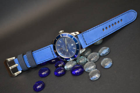 NAVY BLUE BLUE is one of our hand crafted watch straps. Available in navy blue blue color, 3.5 - 4 mm thick.