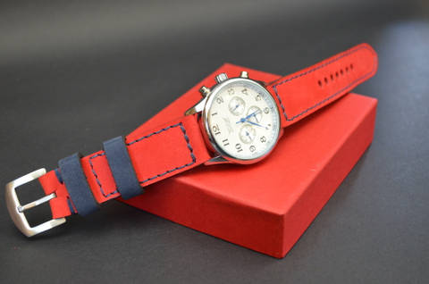 RED BLUE is one of our hand crafted watch straps. Available in red blue color, 3.5 - 4 mm thick.