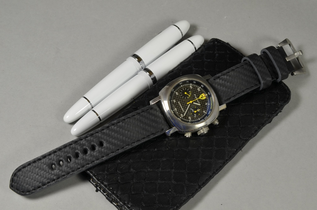 II BLACK is one of our hand crafted watch straps. Available in black color, 4 - 4.5 mm thick.