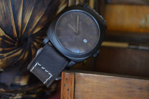 PRIMUS 2 is one of our hand crafted watch straps. Available in dark brown color, 4 - 4.5 mm thick.