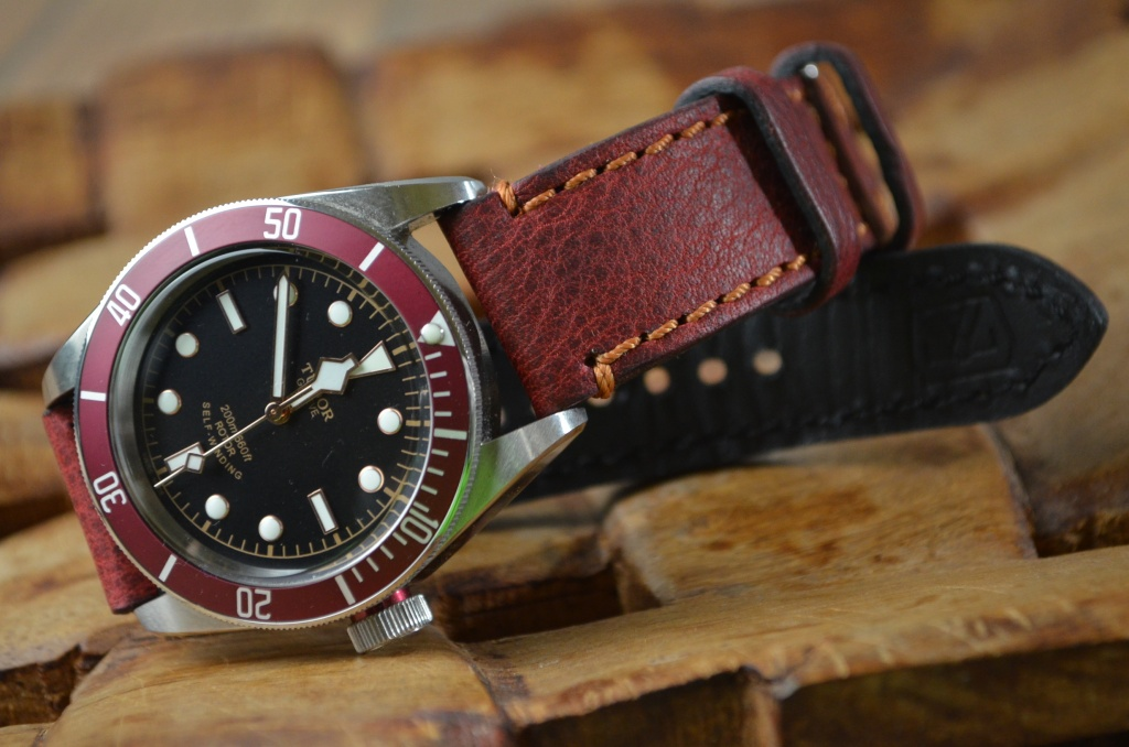 THE RED BAY is one of our hand crafted watch straps. Available in red color, 3 - 3.5 mm thick.