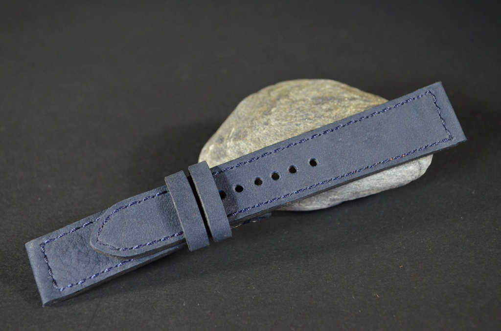 VINTAGE BLUE I is one of our hand crafted watch straps. Available in blue color, 3 - 3.5 mm thick.