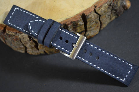 VINTAGE BLUE II is one of our hand crafted watch straps. Available in blue color, 3 - 3.5 mm thick.