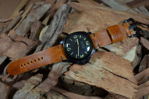 MINIMUS IV CARAMEL is one of our hand crafted watch straps. Available in caramel brown color, 4 - 4.5 mm thick.