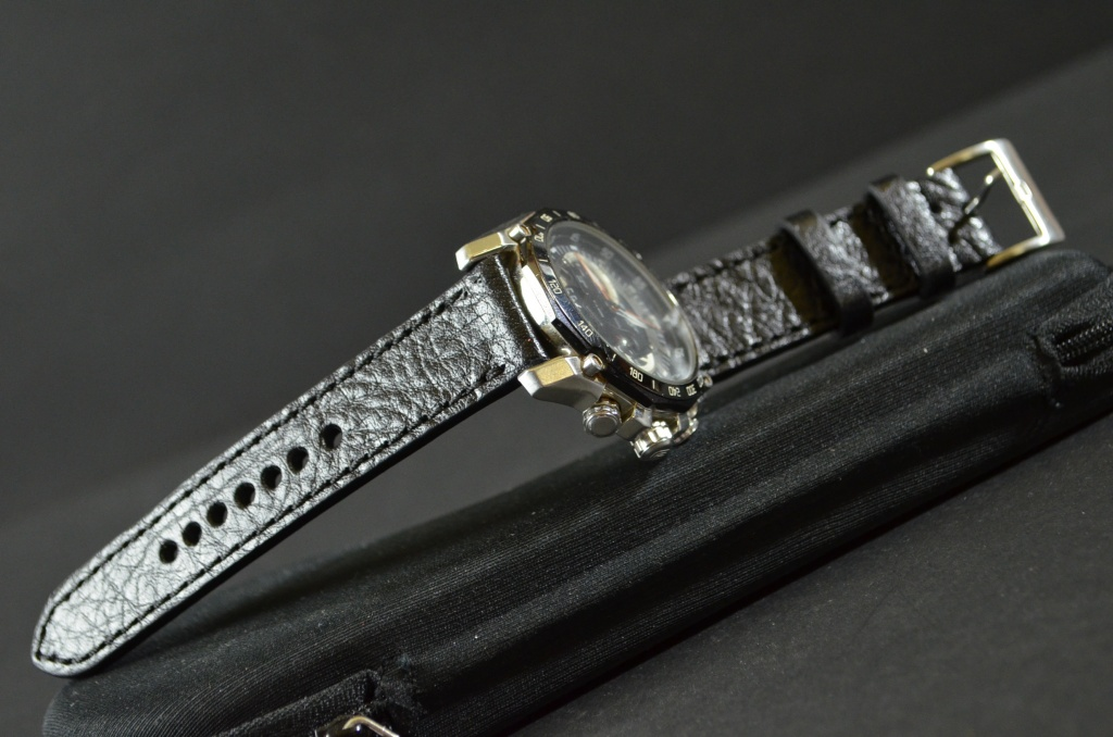 BLACK I is one of our hand crafted watch straps. Available in black color, 3 - 3.5 mm thick.