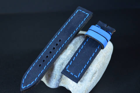 BLUE NAVY BLUE is one of our hand crafted watch straps. Available in blue navy blue color, 3 - 3.5 mm thick.
