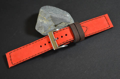 RED BROWN is one of our hand crafted watch straps. Available in red brown color, 3 - 3.5 mm thick.