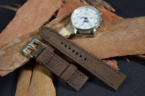 BROWN I is one of our hand crafted watch straps. Available in brown color, 3 - 3.5 mm thick.