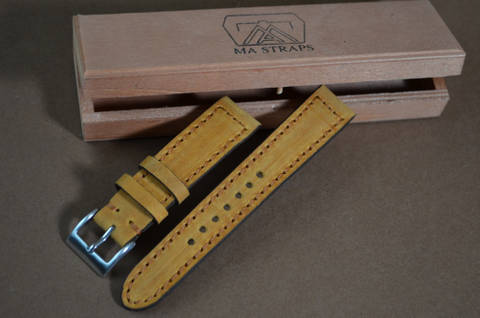 HAZELNUT is one of our hand crafted watch straps. Available in hazelnut color, 3 - 3.5 mm thick.
