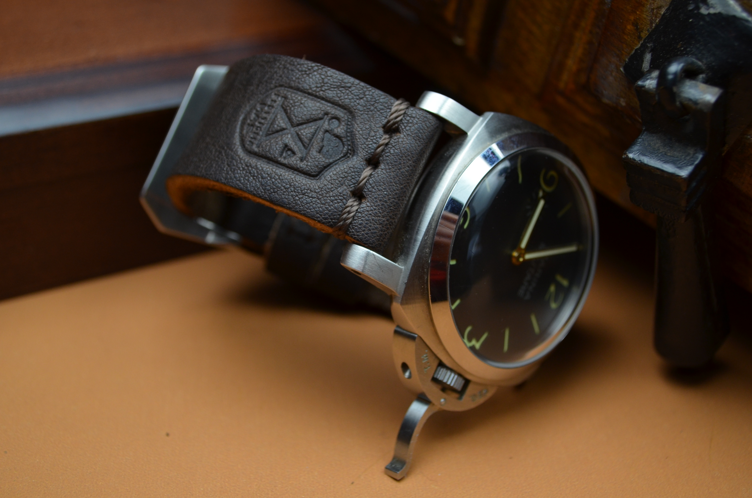 IV is one of our hand crafted watch straps. Available in dark brown color, 4 - 4.5 mm thick.