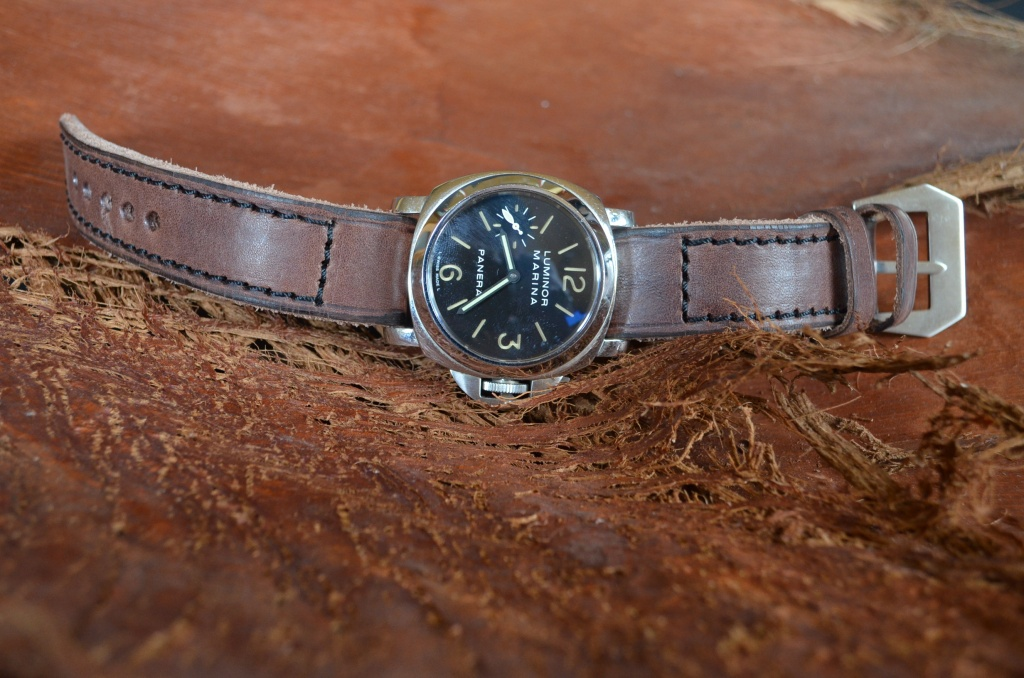 VETUS 11 is one of our hand crafted watch straps. Available in brown chocolate color, 4 - 4.5 mm thick.