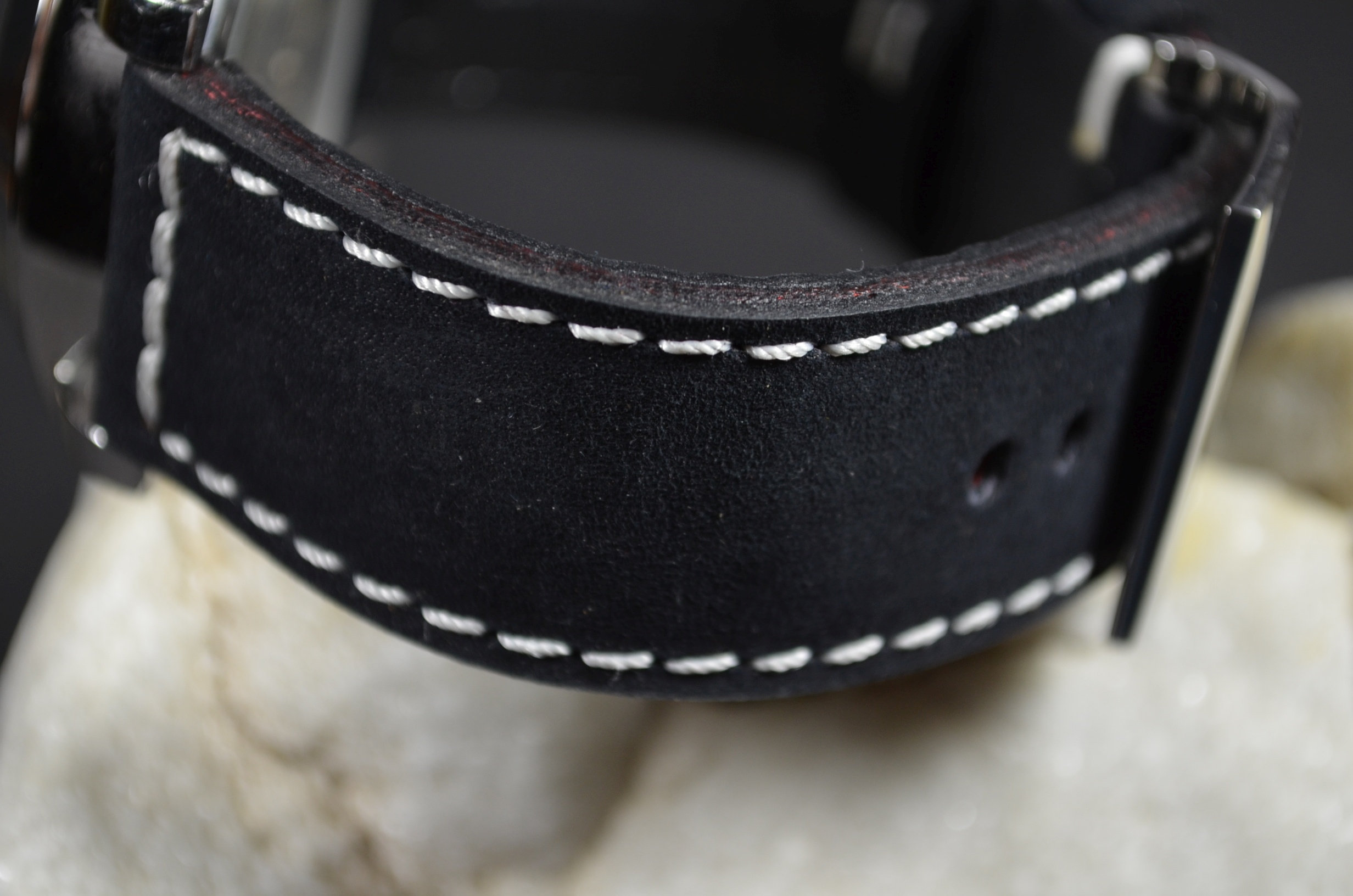 BLACK II is one of our hand crafted watch straps. Available in black color, 4 - 4.5 mm thick.