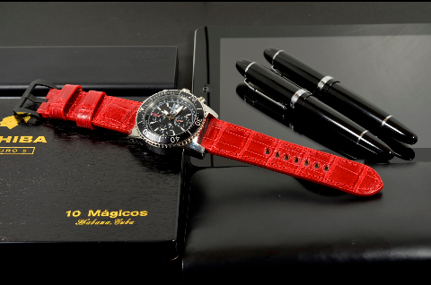 RED - SQUARE SCALE is one of our hand crafted watch straps. Available in red color, 3.5 - 4 mm thick.