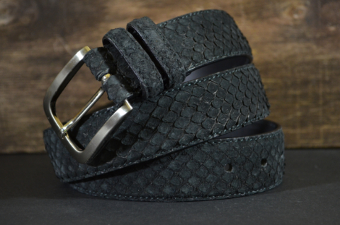 35MM EXOTIC PYTHON NUBUK BLACK is one of our hand crafted belts, made with exceptional quality python back nubuk finish. Available in black color, 35 mm wide & 3.5 - 4 mm thick.