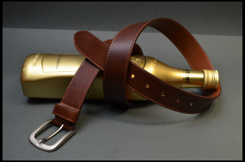 35MM CALF CLASSIC BROWN is one of our hand crafted belts, made with exceptional quality calf saddle leather. Available in brown color, 35 mm wide & 4 - 4.5 mm thick.