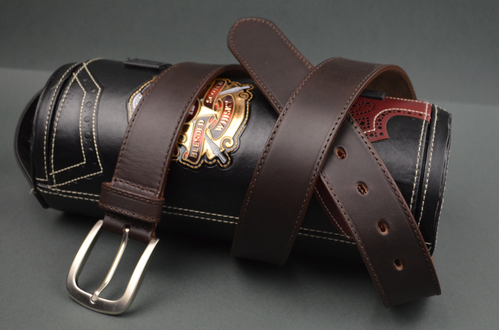 35MM CALF CLASSIC DARK BROWN is one of our hand crafted belts, made with exceptional quality calf saddle leather. Available in dark brown color, 35 mm wide & 4 - 4.5 mm thick.