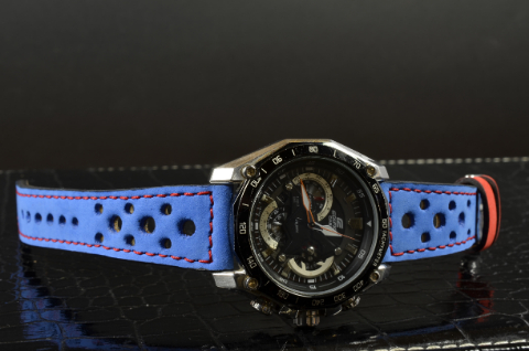 JEREZ II is one of our hand crafted watch straps. Available in navy blue color, 3 - 3.5 mm thick.